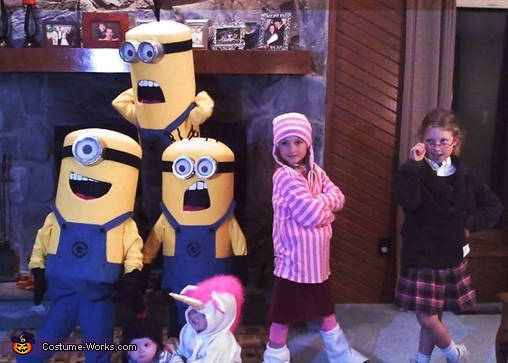 The kids, Despicable Me Family Costume
