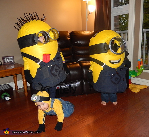 Our 3 little Minions, Despicable Me Family Costume Gru, Lucy and their Minions