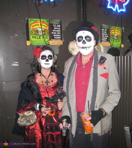Dia De Los Muertos - Homemade costumes for couples