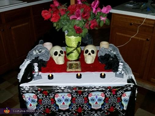 Altar, Dia de los Muertos Costume