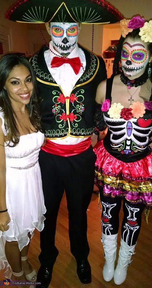 Dia de Los Muertos Chicos Costume