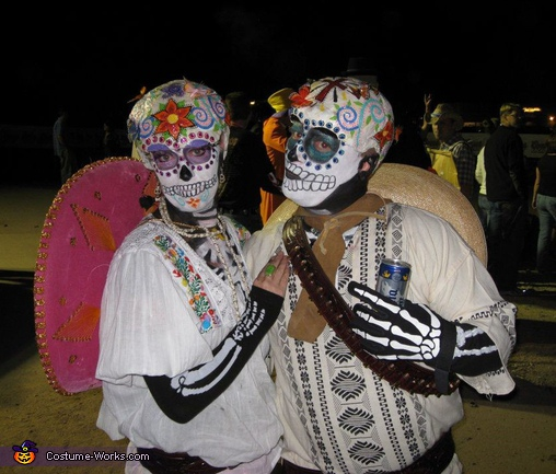 Dia De Los Muertos Couple - Homemade costumes for couples