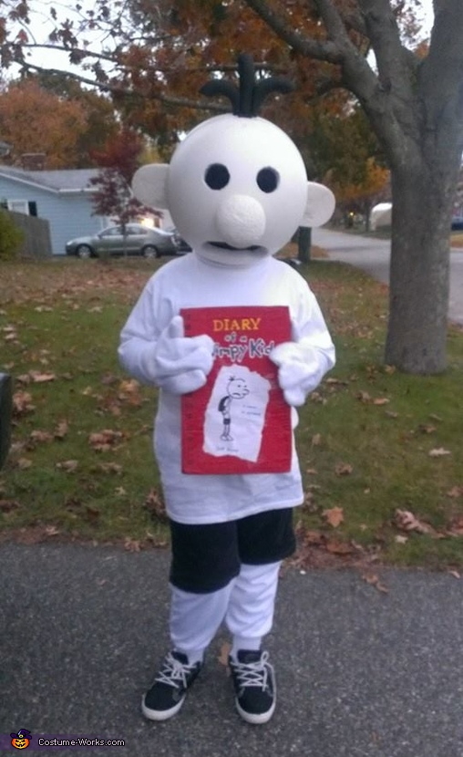 Diary of a Wimpy Kid Costume. Diary of a Wimpy Kid stick figure & Diary of a Wimpy Kid Costume DIY
