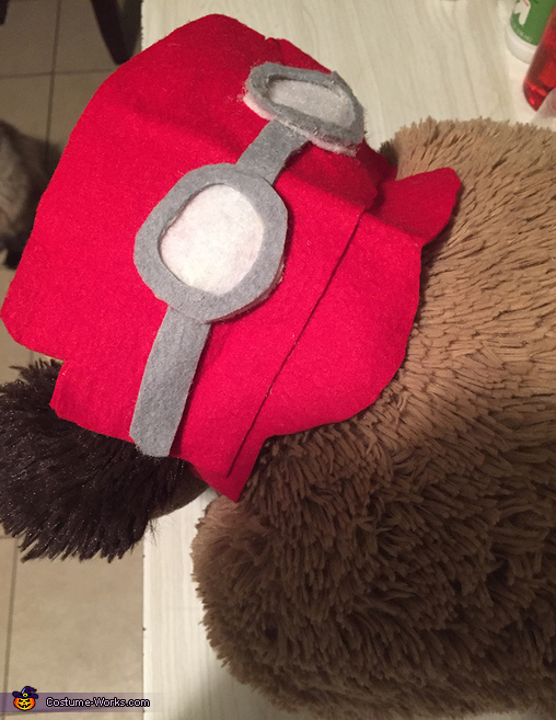 BACK OF DASTARDLY'S HAT, Dick Dastardly and Muttley Costume