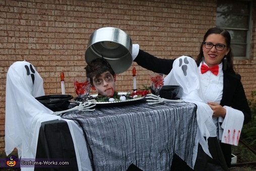 Dinner is served Costume