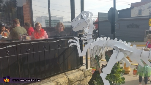 "Peeking into the resturant, ""Dino Bones"" T-Rex Skeleton Costume"
