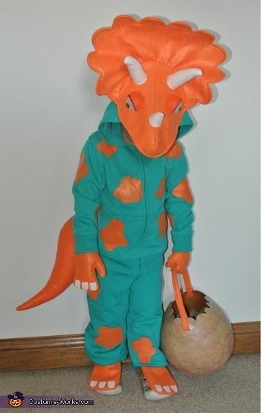 Three Little Dinosaurs Homemade Costumes
