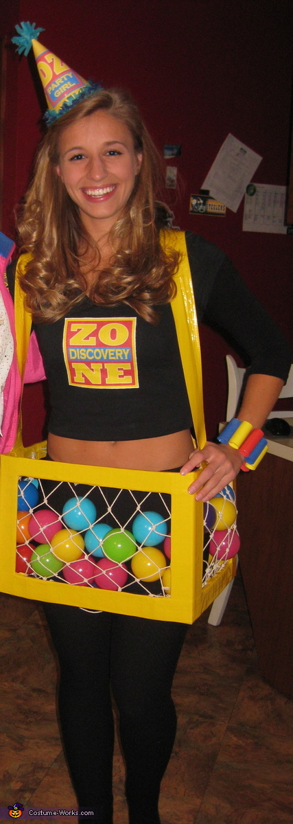Discovery Zone Costume