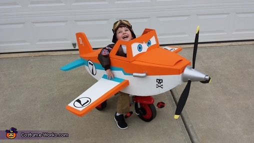 Dusty Crophopper tricycle-mounted airplane costume - 2, Disney Planes Dusty Crophopper Costume