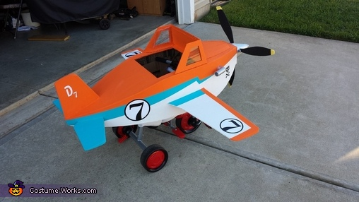 Dusty Crophopper tricycle-mounted airplane costume - 4, Disney Planes Dusty Crophopper Costume
