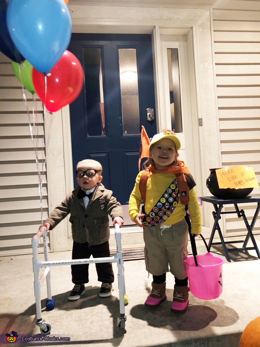 Ready to trick or treat, Disney UP - Carl & Russell Costume