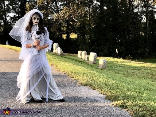 Disney's Haunted Mansion Bride, Disney's Haunted Mansion Bride Costume