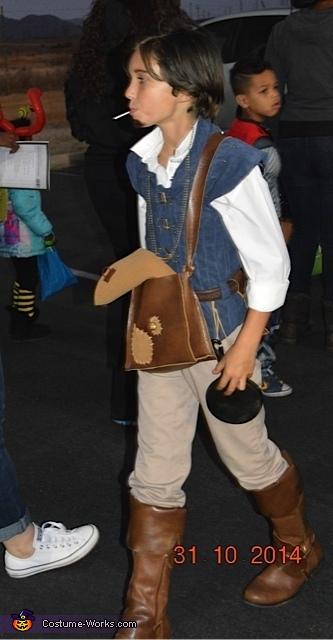 Ryan Veronick as Flynn Rider, Tangled Rapunzel and Flynn Rider Costume