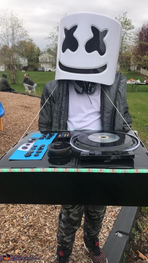 DJ Marshmello, DJ Marshmello Costume