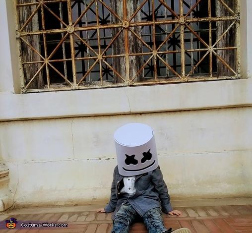 Why sad Mello, DJ Marshmello Costume