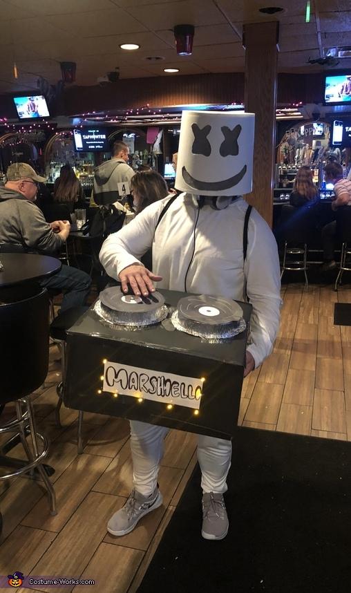 Dj Halloween Costume Ideas.Diy Dj Marshmello Costume