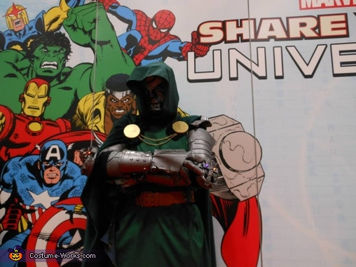 Doom and his Superhero Friends, Doctor Doom Costume