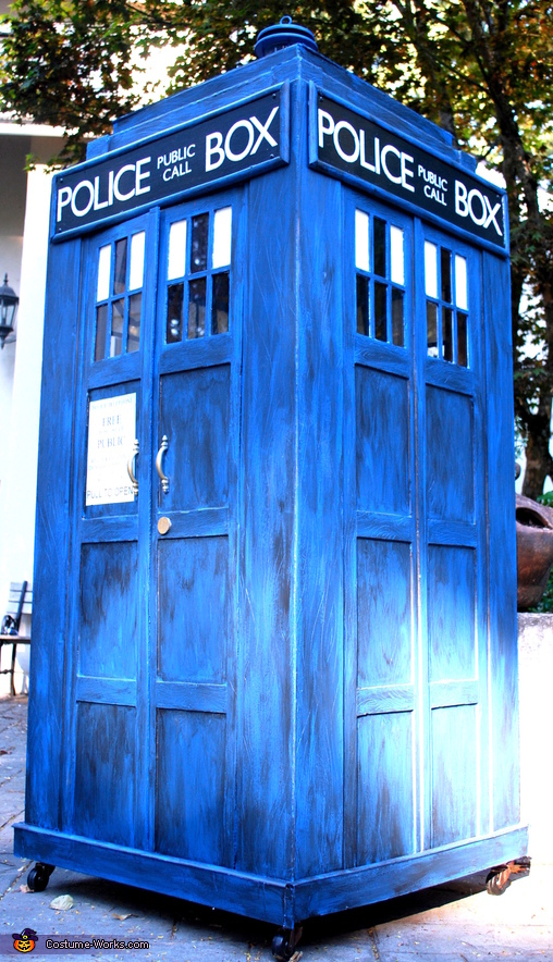 The big blue box, Doctor Who and the Tardis Costume