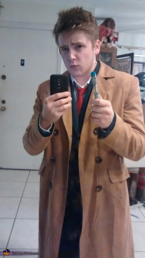 Without the brainy specs, Doctor Who the 10th Doctor Costume