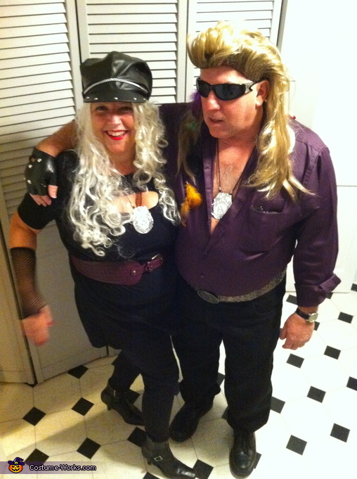 sc 1 st  Costume Works & Dog and Beth Bounty Hunters Costume