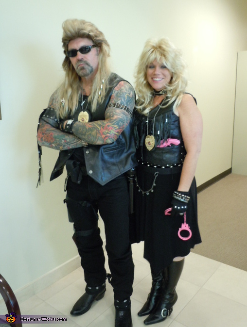 Dog & Beth Chapman, The Bounty Hunter Dog and Beth Chapman Couple Costume