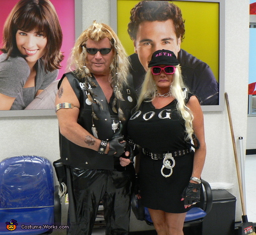 Dog the Bounty Hunter and Beth Costumes
