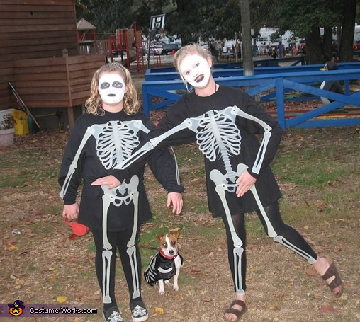 Doggone Scary Skeleton Costume