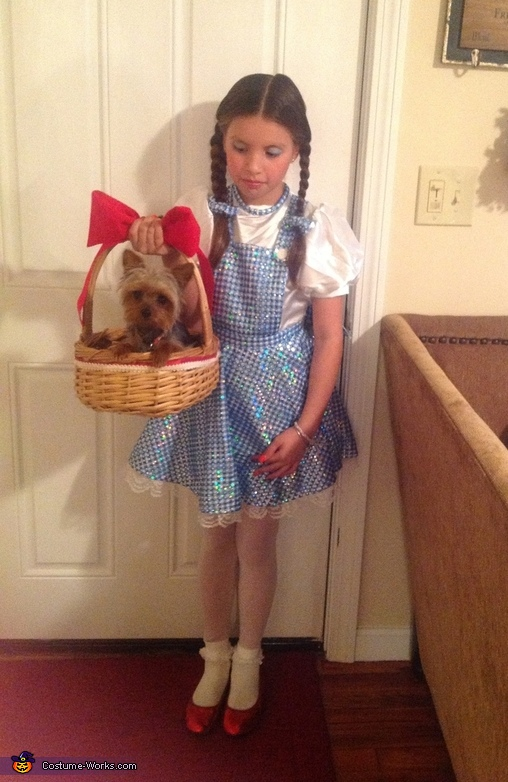 Dorothy and Toto Halloween Costume