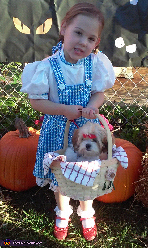 Avery Grace and Ellie as Dorothy and toto, Dorothy and Toto Costume