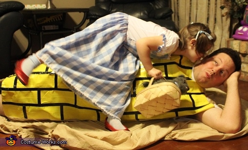 Dorothy kisses the ground she walks on!, Dorothy and the Yellow Brick Road Costume