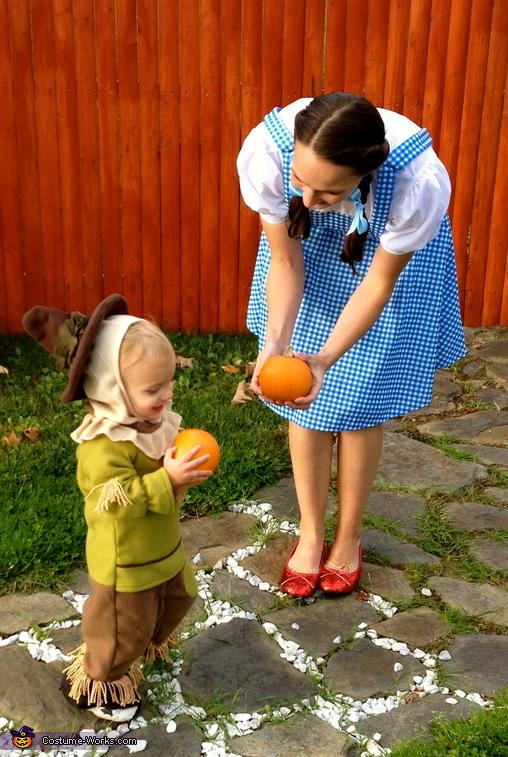 Dorothy & Scarecrow Costume