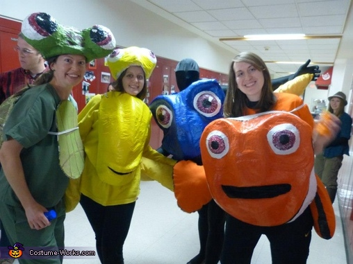 Dory and friends looking for nemo, Dory Costume
