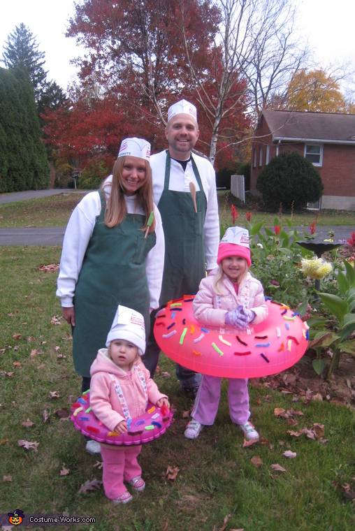 Doughnuts and the Makers Family Costume