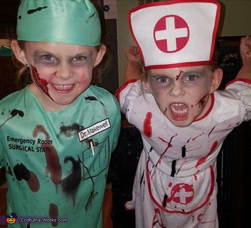 Dr. Makewell & Nurse Bloody Costume