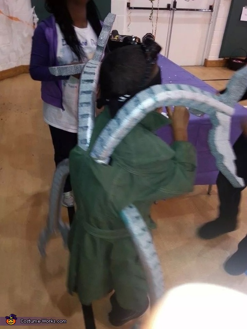 Claws of doom!!, Dr Octopus Costume