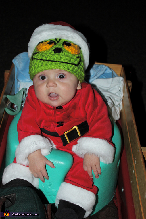 Even the 3 month old is in the Spirit!  , Dr. Suess' The Grinch Characters Family Costume