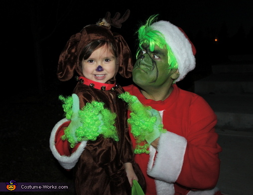'Max....fetch me my cloak!', Dr. Suess' The Grinch Characters Family Costume