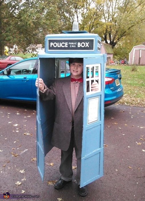 Dr. Who Costume