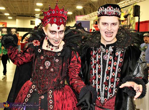 Duchess of Blood Costume