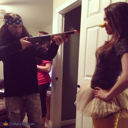 The hunt down face-off , Duck Dynasty Willie and his Duck Couples Costume