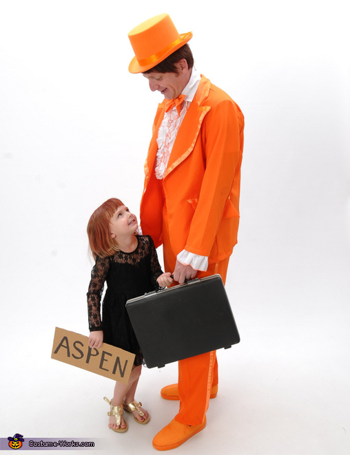 Lloyd and Mary, Dumb and Dumber Family Costume
