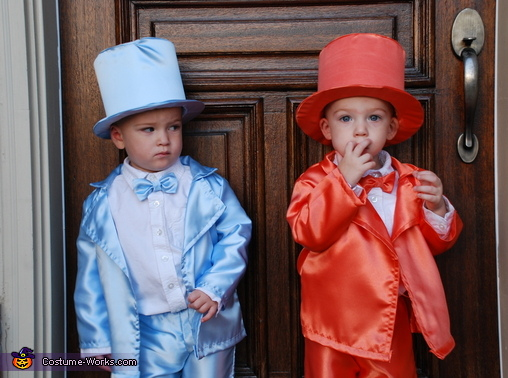 Harry giving Lloyd the stink eye, Lloyd and Harry from Dumb & Dumber Baby Costume