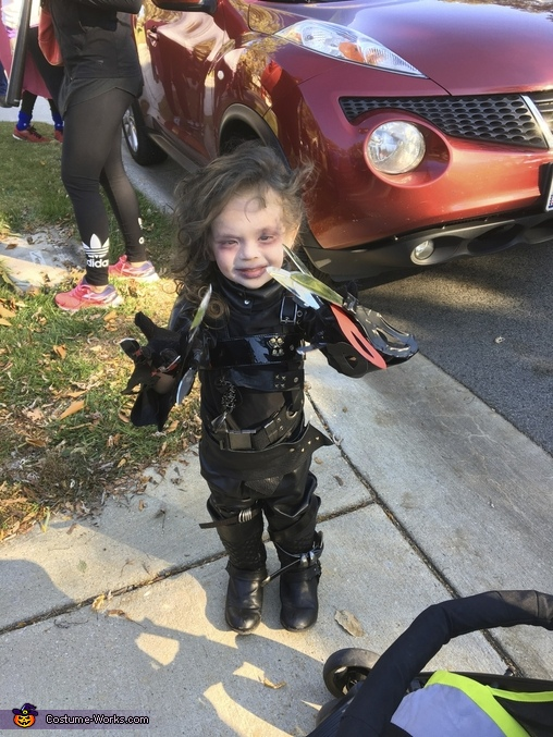 'Im scissor hands', Infant Edward Scissor Hands Costume