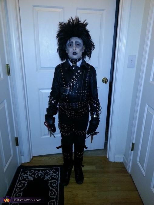 Edward Scissor Hands Costume for a Boy