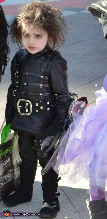 Baby Edward Scissorhands, Edward Scissorhands Costume
