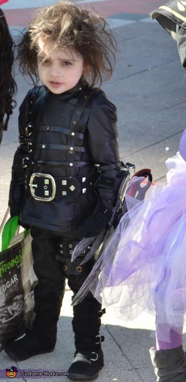 Baby Edward Scissorhands, Edward Scissorhands Costume