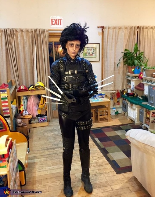 Full with rad arm cross, Edward Scissorhands Costume