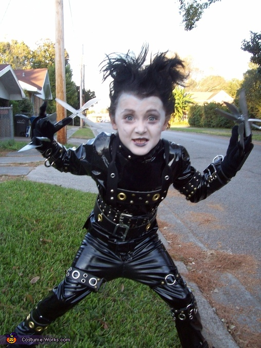 DIY Edward Scissorhands Costume for Boys