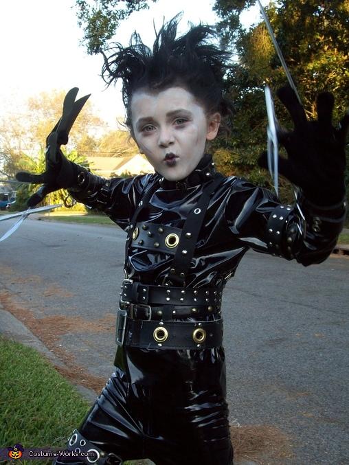 DIY Edward Scissorhands Costume for Boys