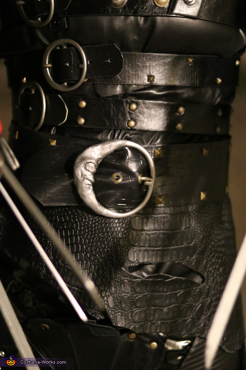 details, Edward Scissorhands Costume